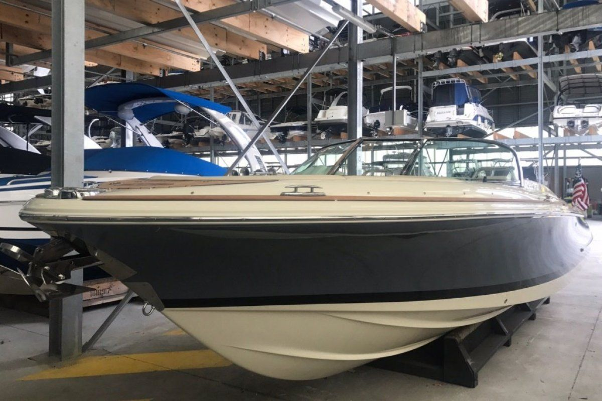 Chris Craft Launch 27 0 04
