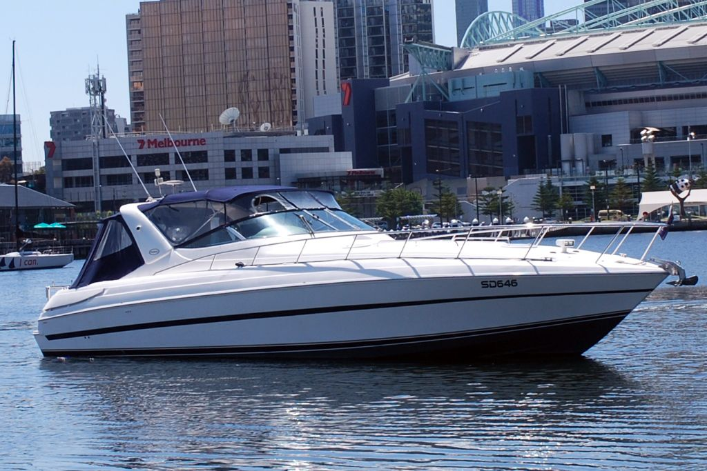 Riviera M430  Sports Cruiser 2002 00