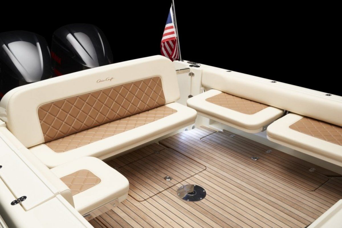 Chris Craft Calypso 30 0 09