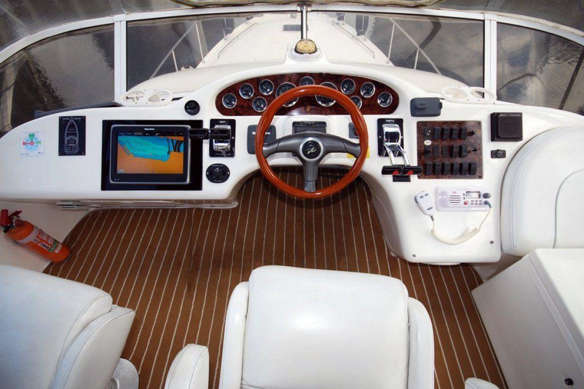 Sea Ray 400 Sedan Bridge 0 14