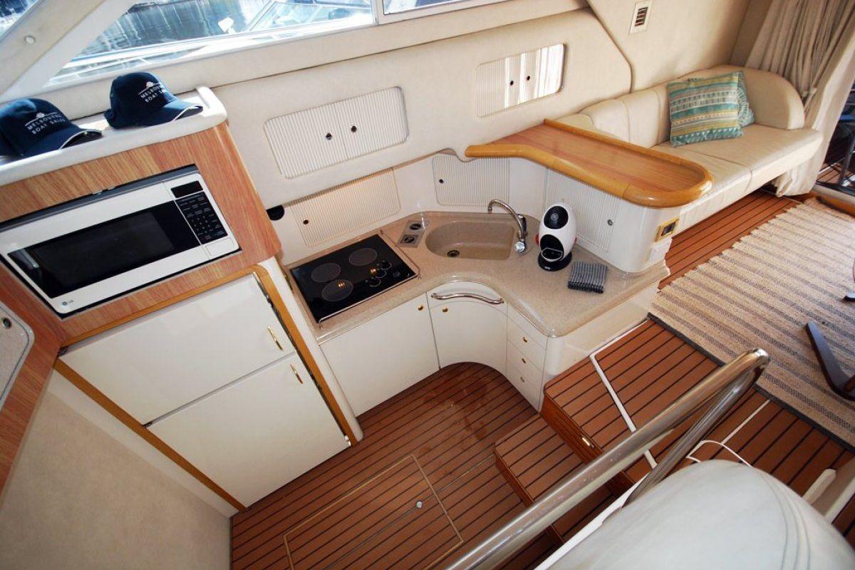 Sea Ray 400 Sedan Bridge 0 08