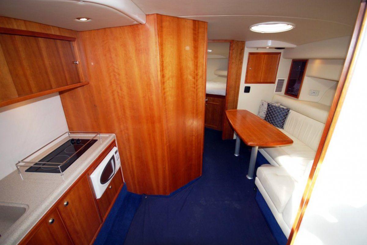 Riviera M370 Sports Cruiser 0 05