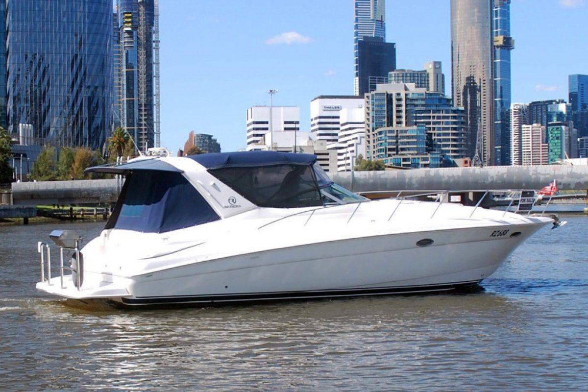 Riviera M370 Sports Cruiser 0 20
