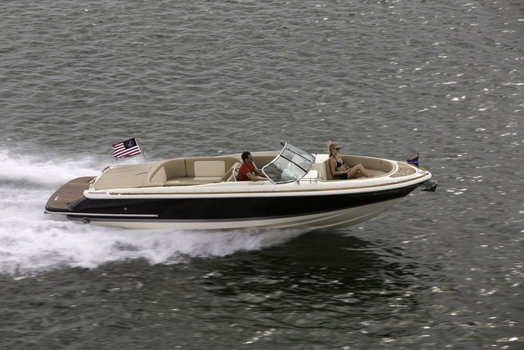 Chris Craft Launch 27 0 00