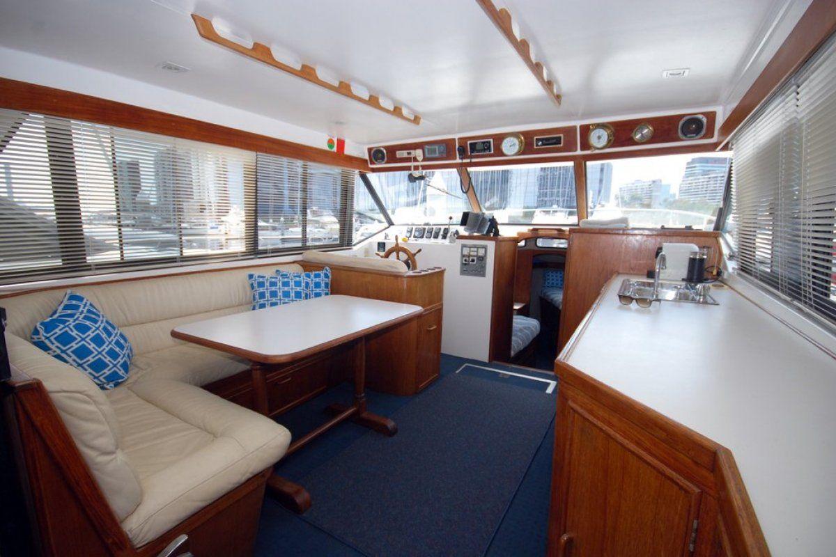 Fairway 36 Flybridge Cruiser 0 02