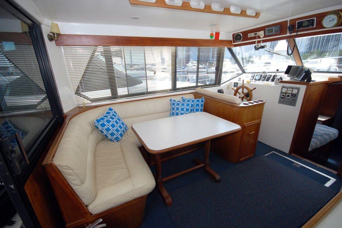 Fairway 36 Flybridge Cruiser 0 03