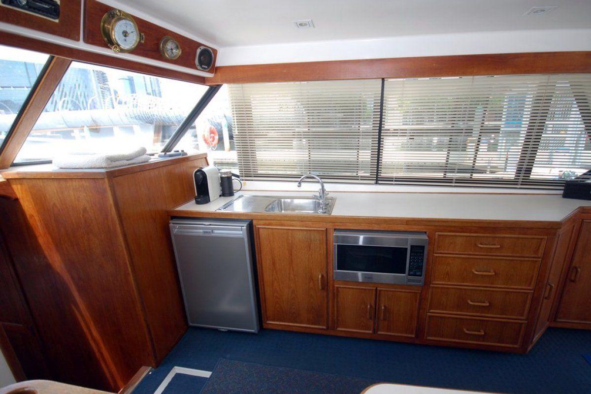 Fairway 36 Flybridge Cruiser 0 05