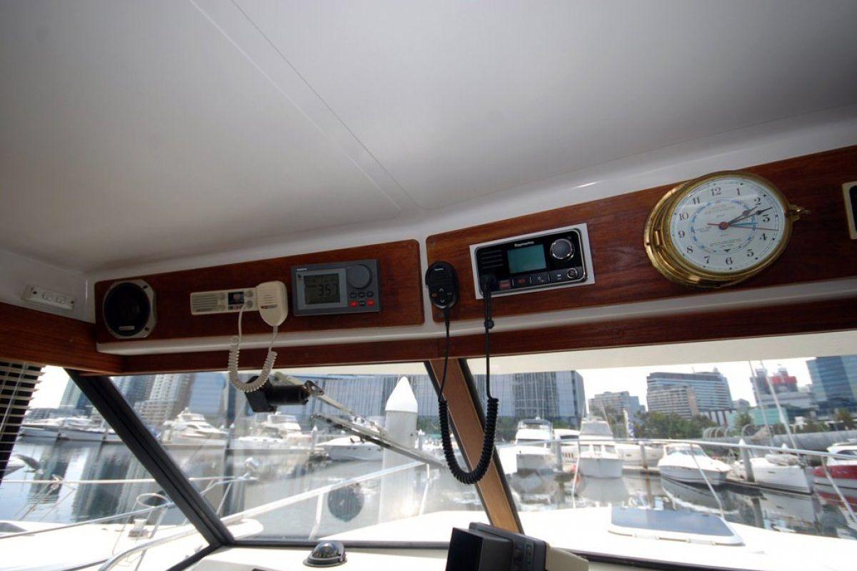 Fairway 36 Flybridge Cruiser 0 08