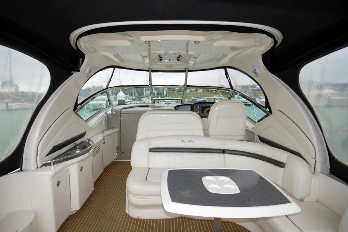 Sea Ray 425 Sundancer 0 17