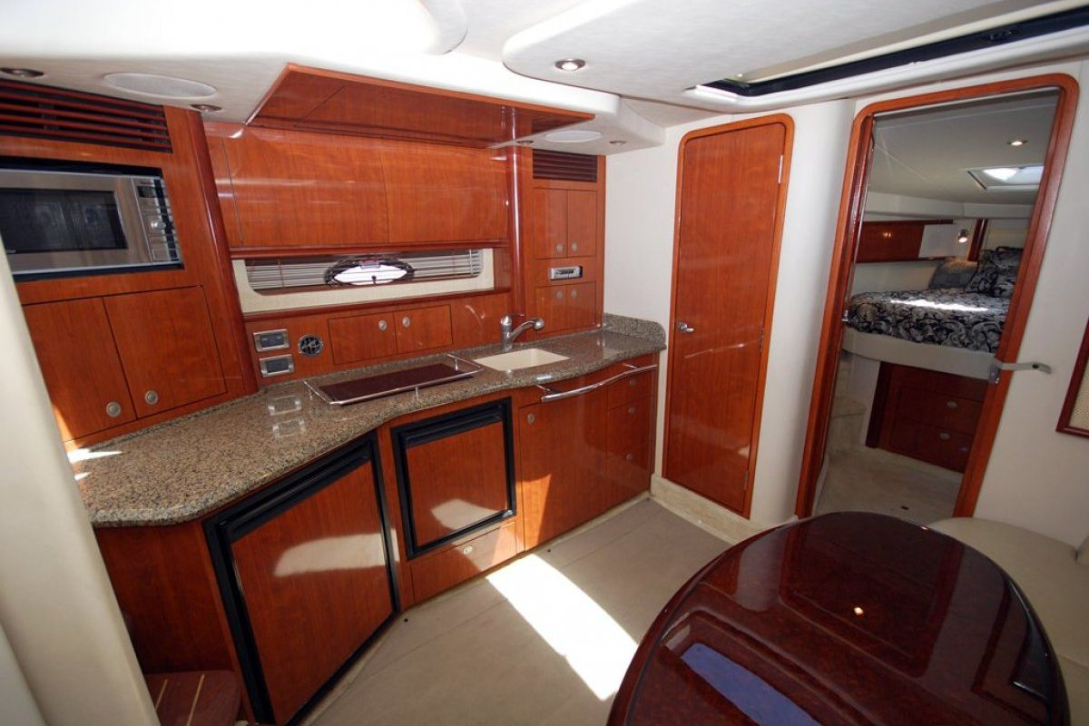 Sea Ray 425 Sundancer 0 07