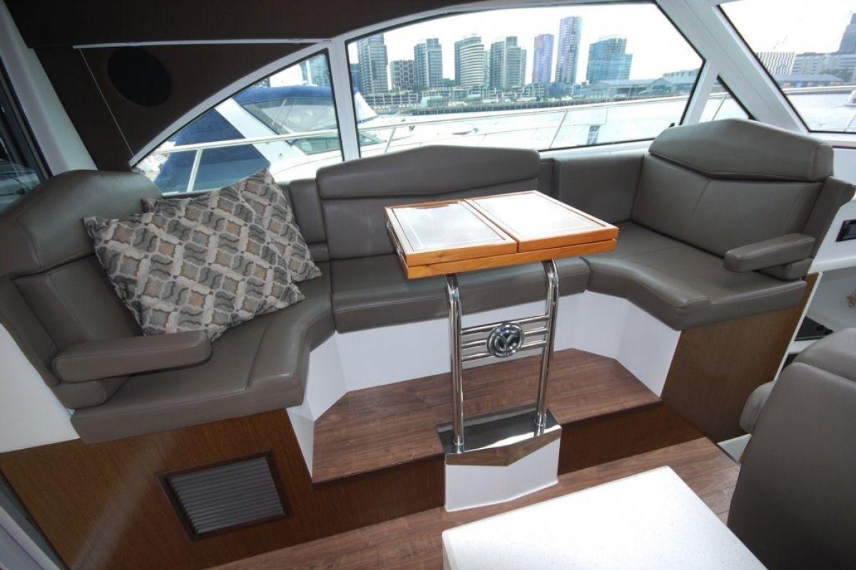 Cruisers Yachts 41 Cantius 0 08