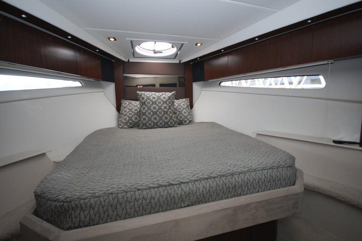 Cruisers Yachts 41 Cantius 0 10