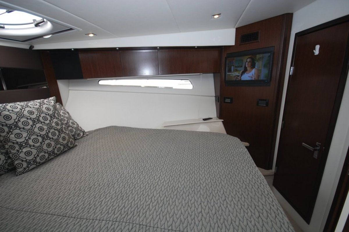 Cruisers Yachts 41 Cantius 0 11