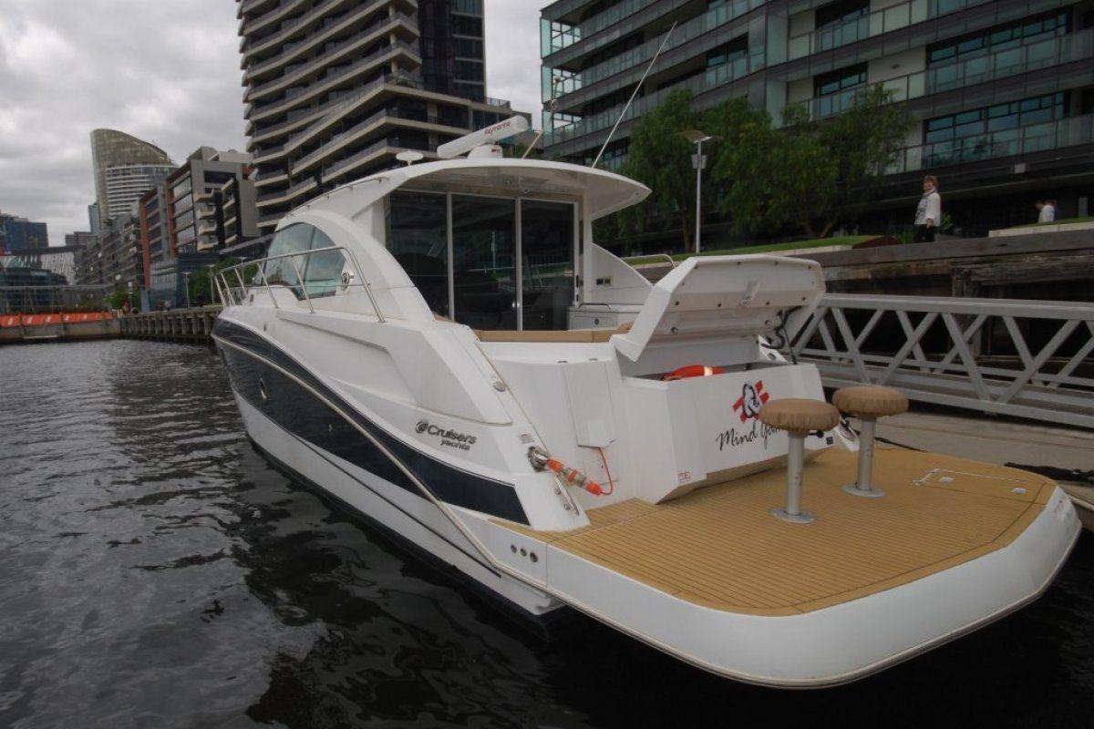 Cruisers Yachts 41 Cantius 0 21