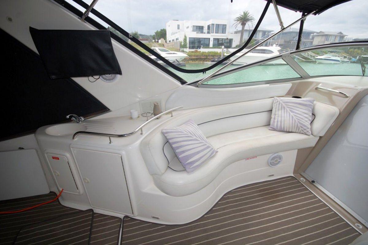Riviera M370 Sports Cruiser 0 16