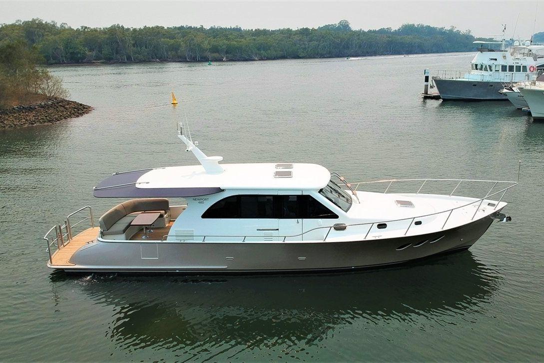 Island Gypsy Newport 460 0 03