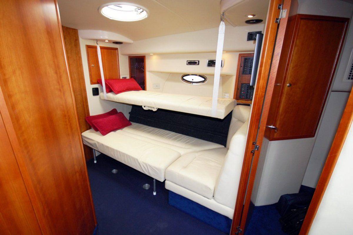 Riviera M370 Sports Cruiser 2005 12