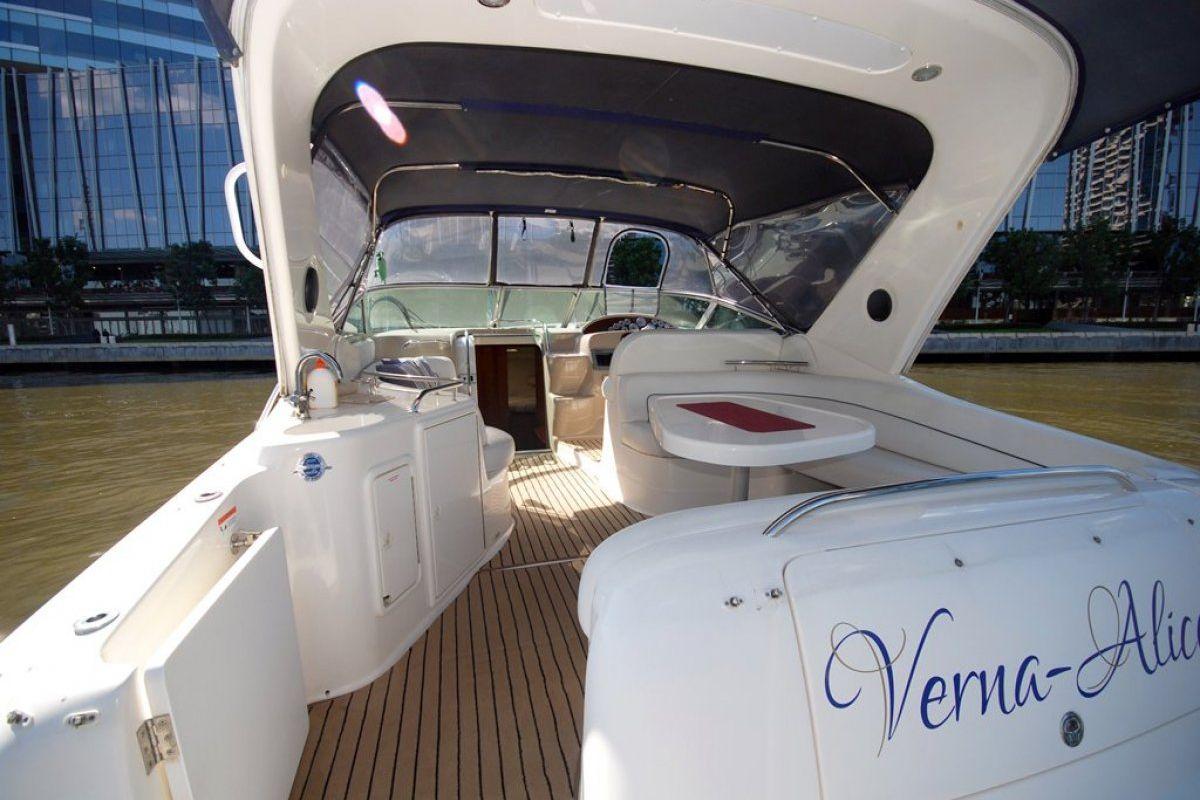 Riviera M370 Sports Cruiser 2005 13