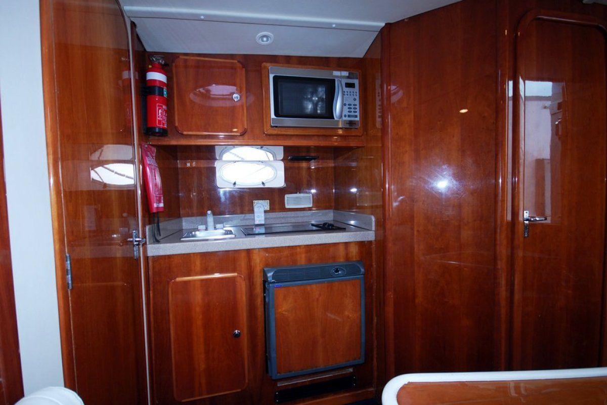 Gulf Craft Ambassador 36 0 08