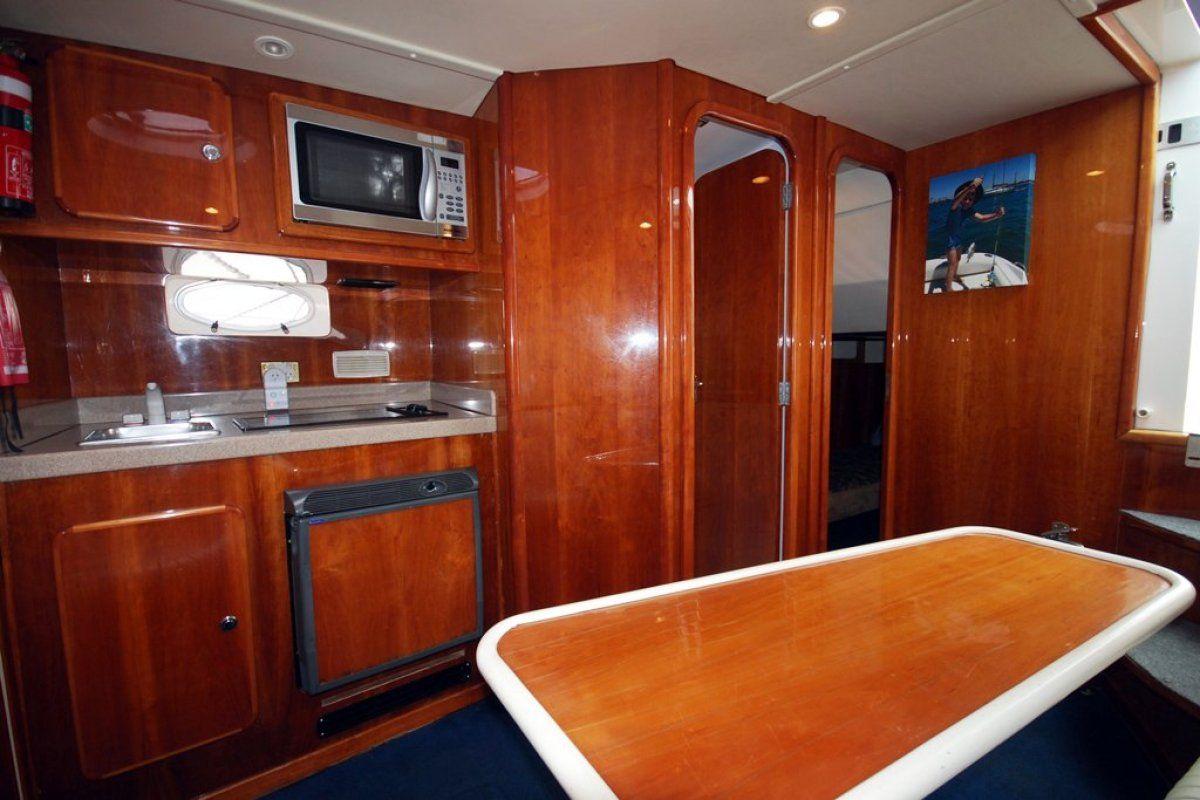 Gulf Craft Ambassador 36 0 04