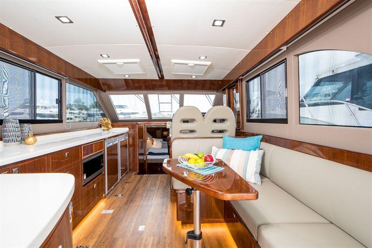 Island Gypsy Newport 460 2020 04