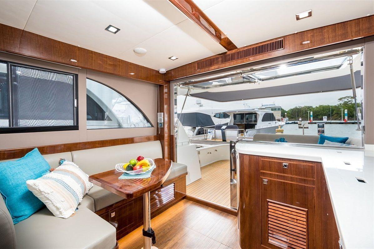 Island Gypsy Newport 460 2020 06
