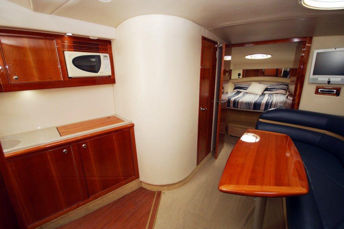 Riviera M430  Sports Cruiser 0 03