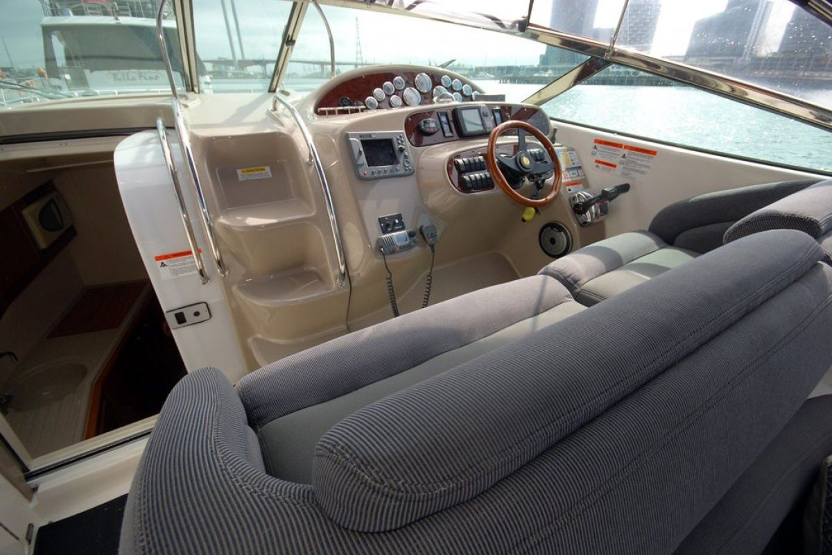 Riviera M430  Sports Cruiser 0 12