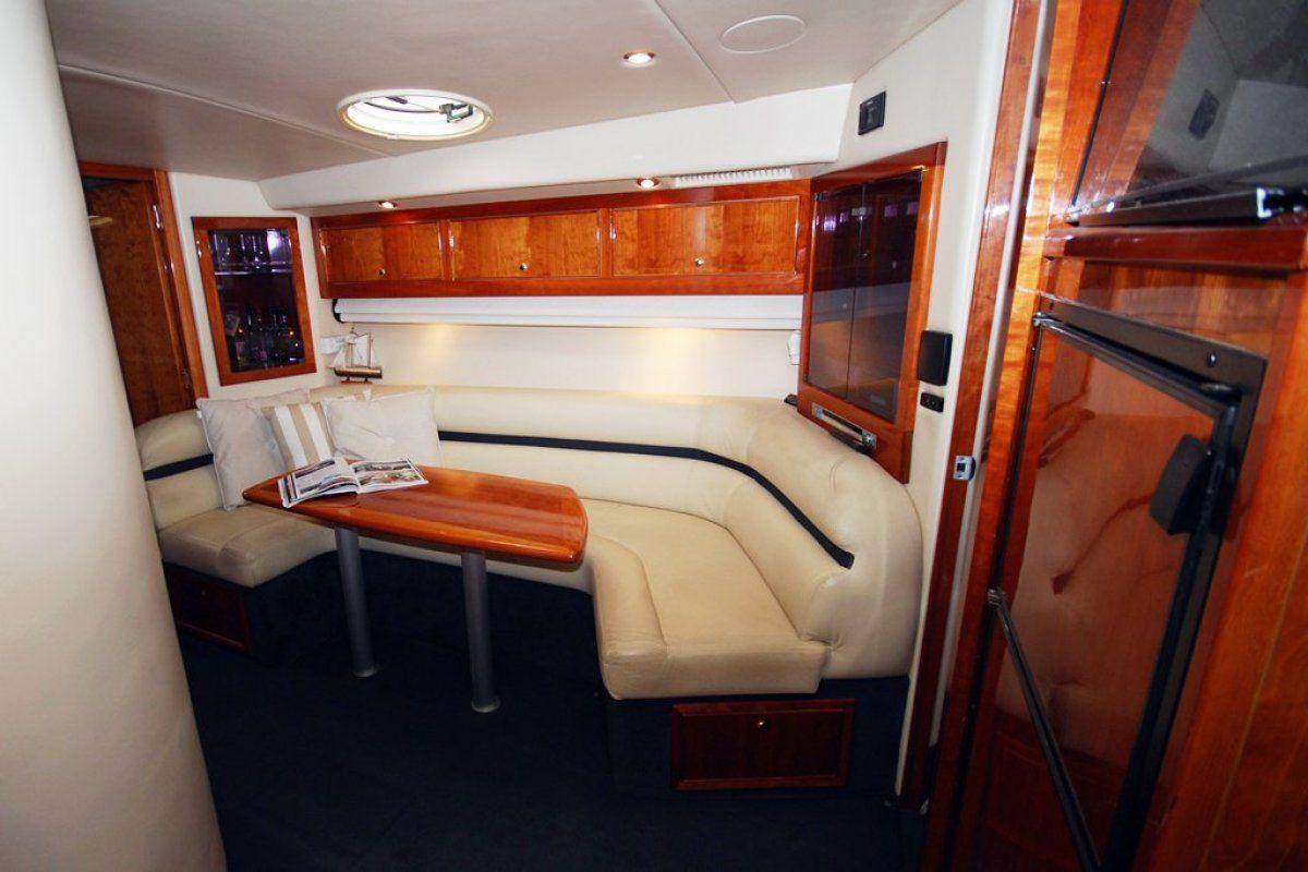 Riviera M430  Sports Cruiser 2004 03