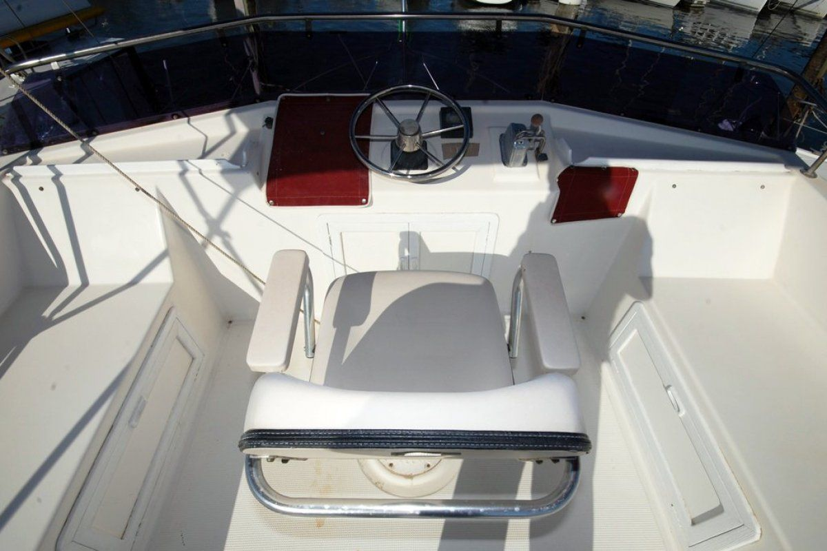 Fairway 36 Flybridge Cruiser 0 20