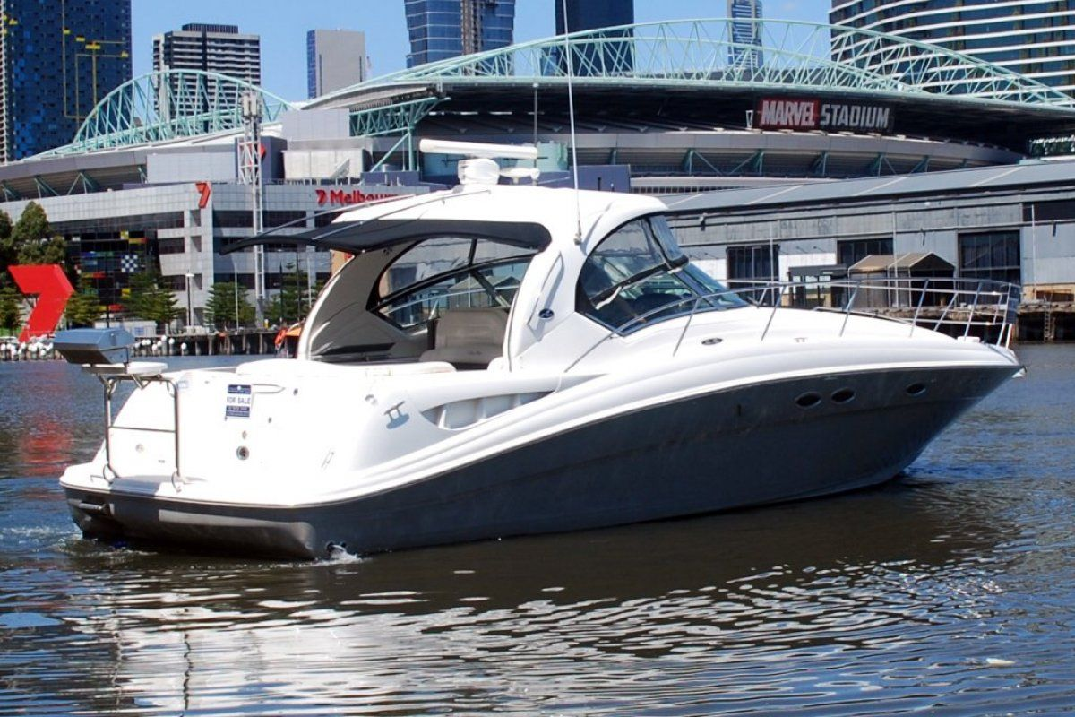Sea Ray 425 Sundancer 2005 23