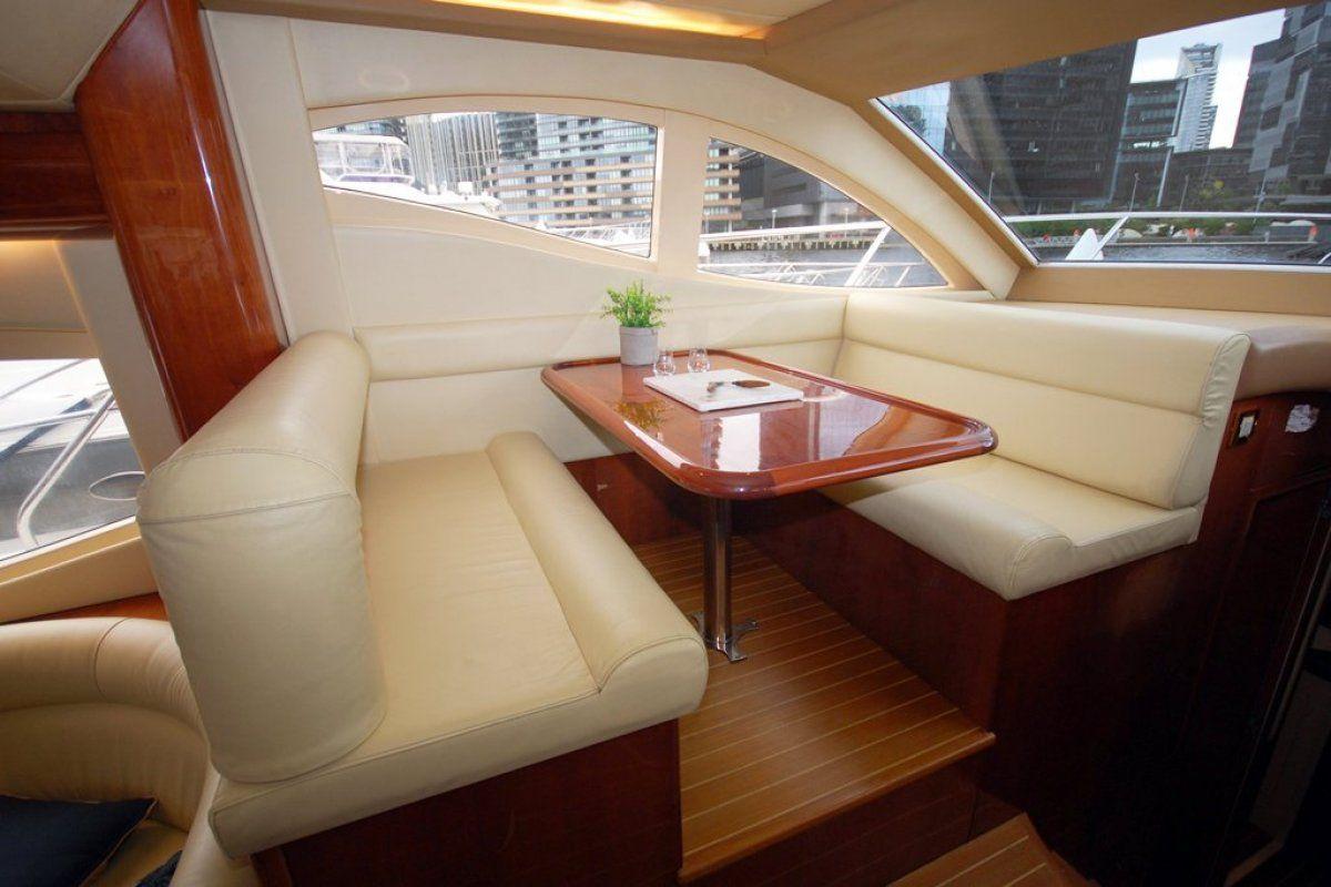Majesty Yachts 50 0 08