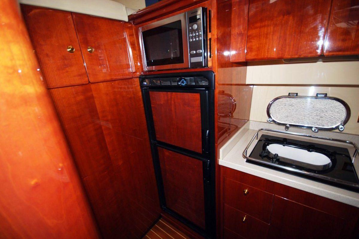 Majesty Yachts 50 0 10