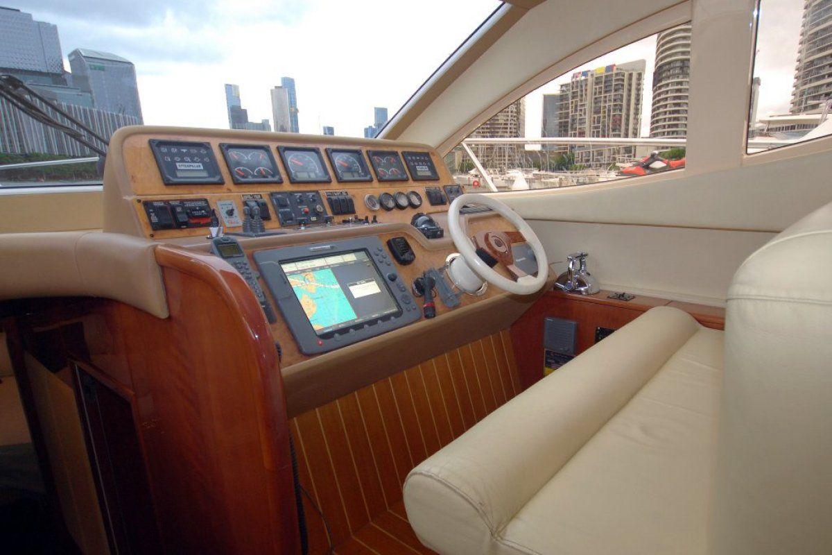 Majesty Yachts 50 0 11