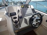Cruisers Yachts 390 Express Coupe 0 08