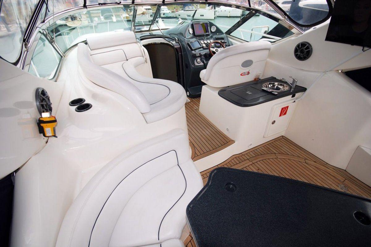 Mustang 4200 Sportscruiser 2006 22