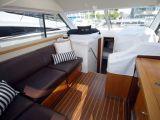 Riviera 3600 Sport Yacht 2007 09