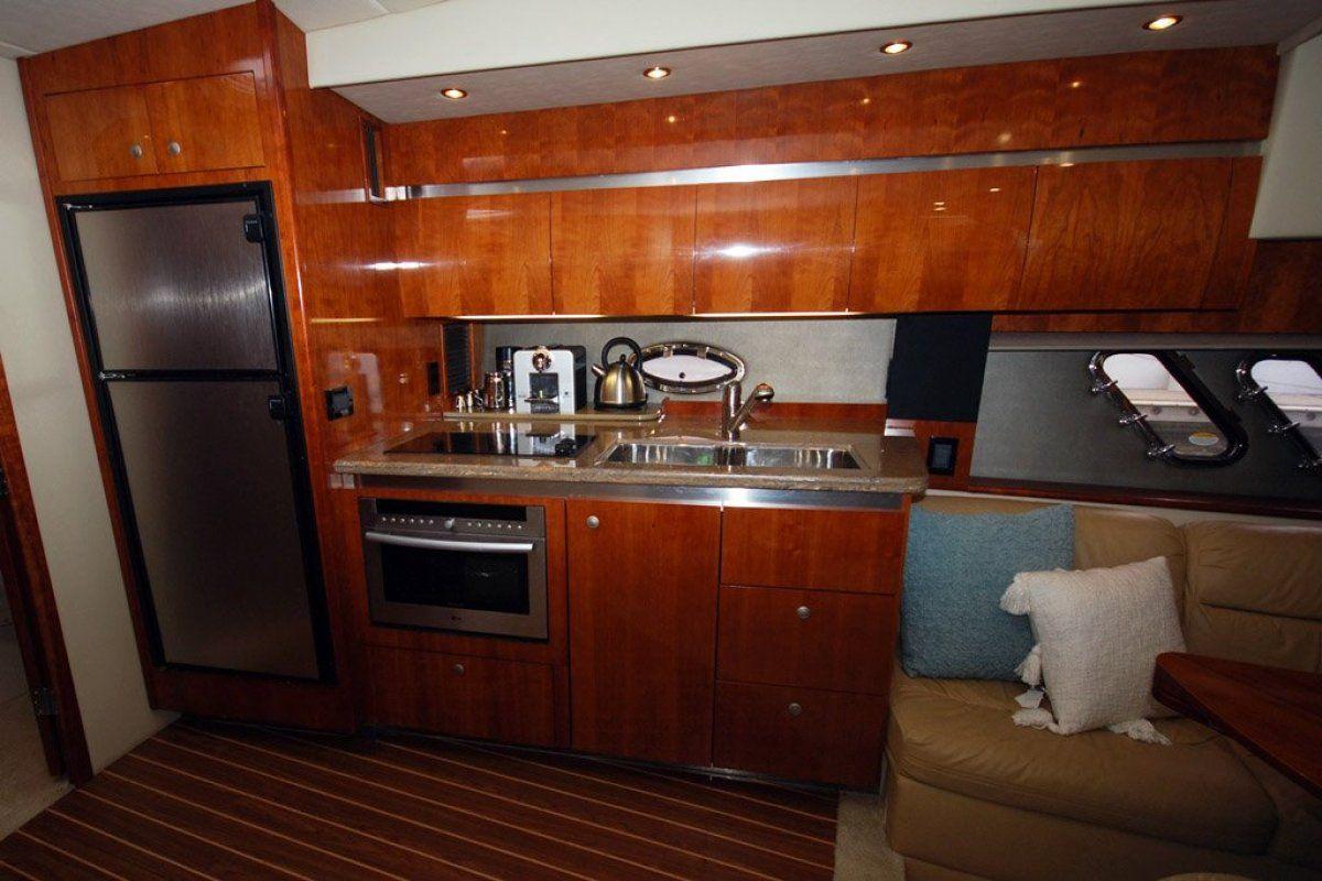 Cruisers Yachts 420 Express 0 05