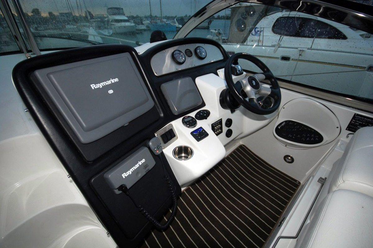 Cruisers Yachts 420 Express 0 10