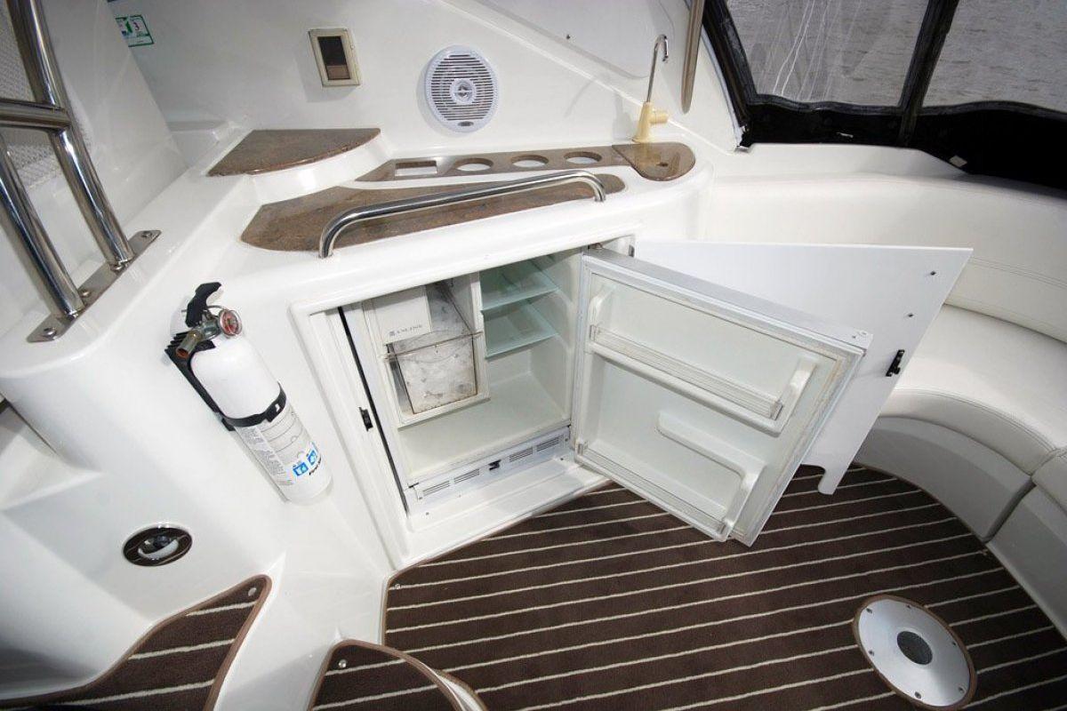Cruisers Yachts 420 Express 0 14