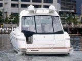 Cruisers Yachts 420 Express 0 17