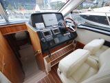 Riviera 5000 Sport Yacht 0 04