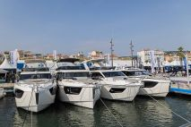 Absolute-Yachts-Cannes-Yachting-Festival-2021-c