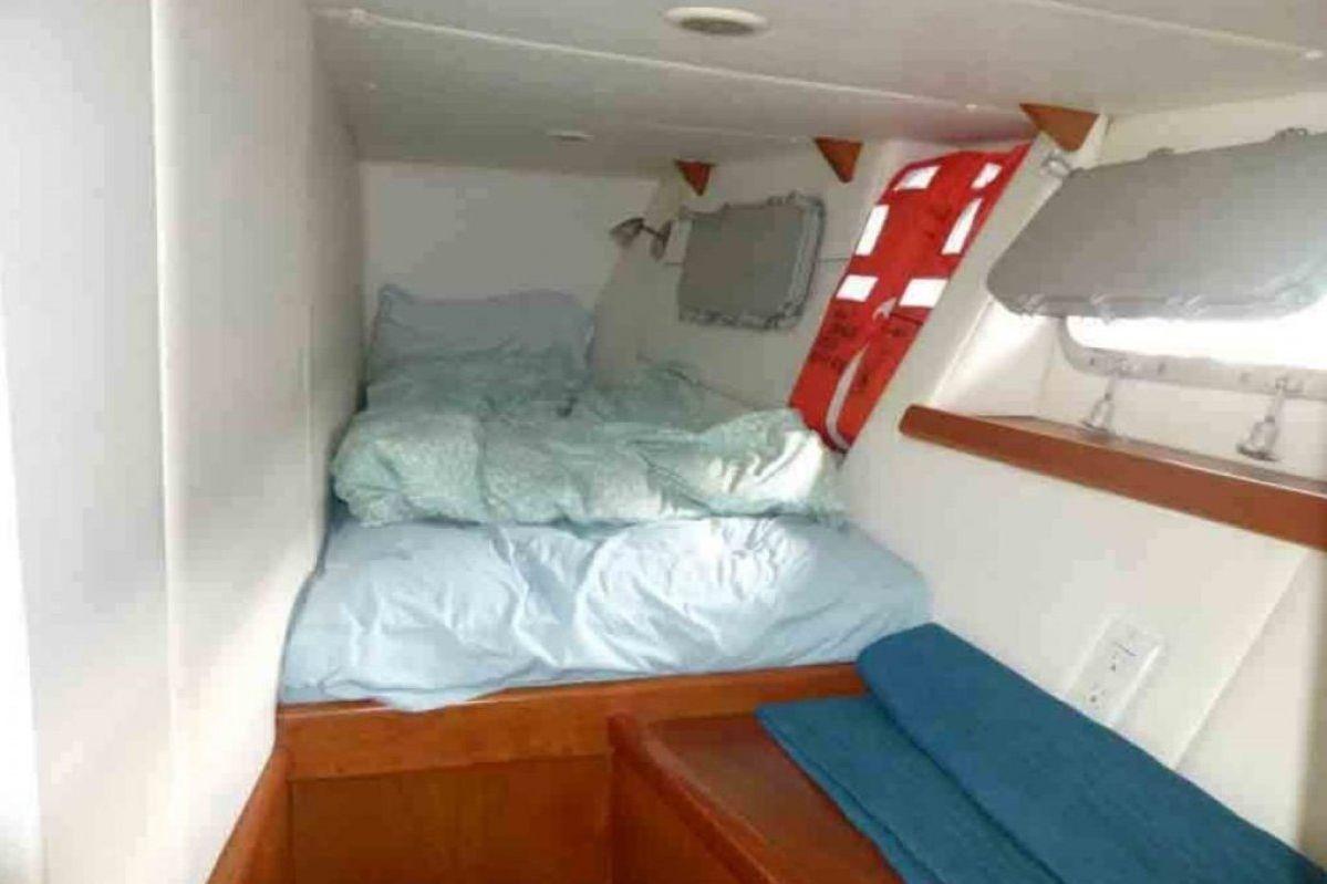 Expedition Long Range Motor Yacht 0 26