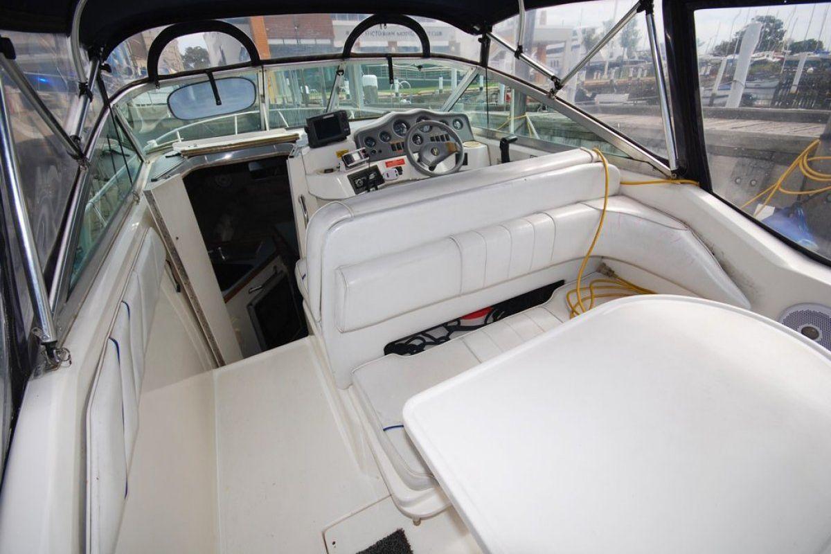 Sea Ray 230 Sundancer 0 09