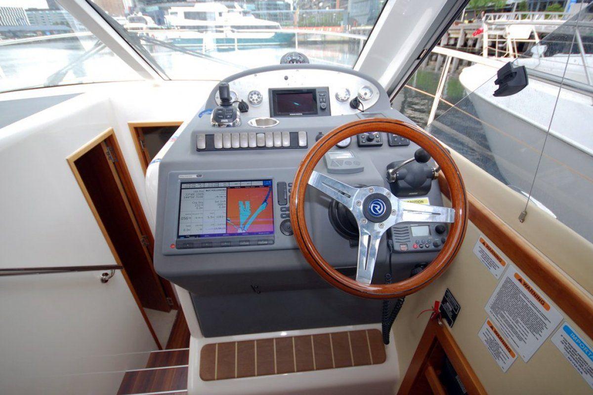 Riviera 3600 Sport Yacht 0 13