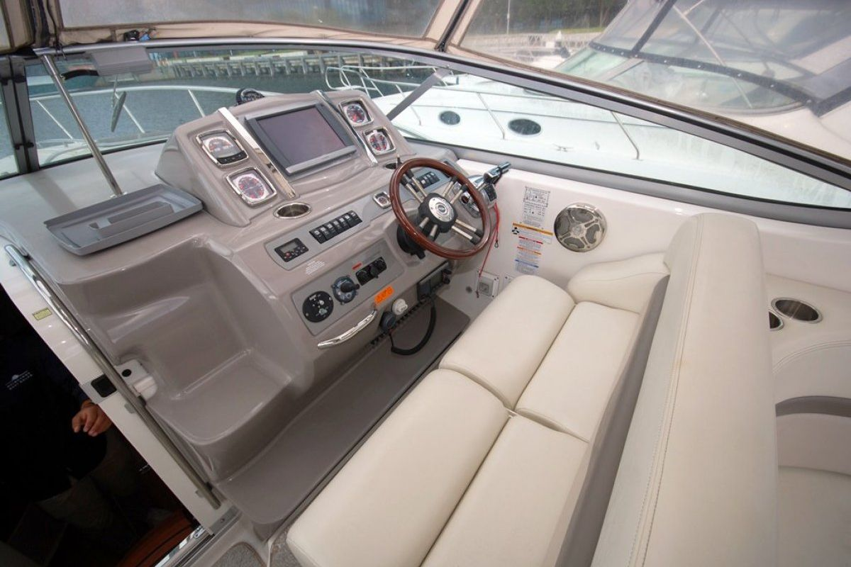 Chaparral 350 Signature 2012 09