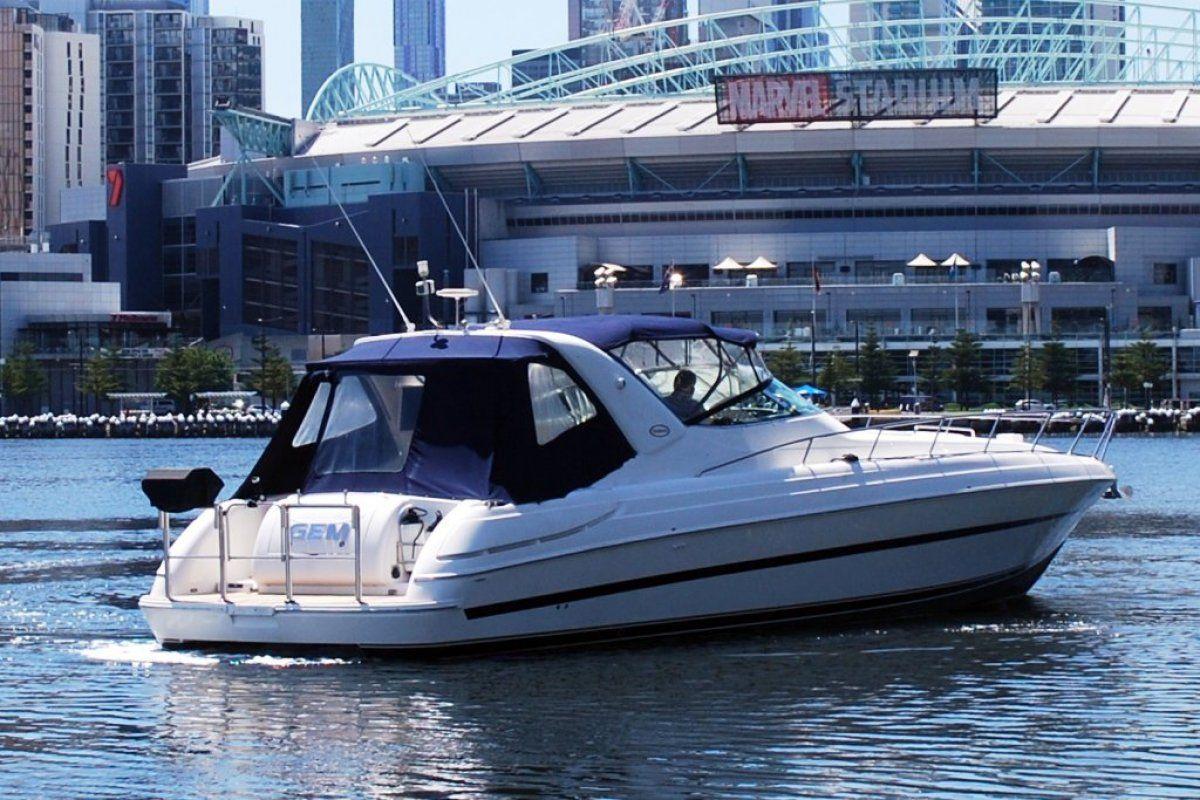 Riviera M430  Sports Cruiser 2002 04