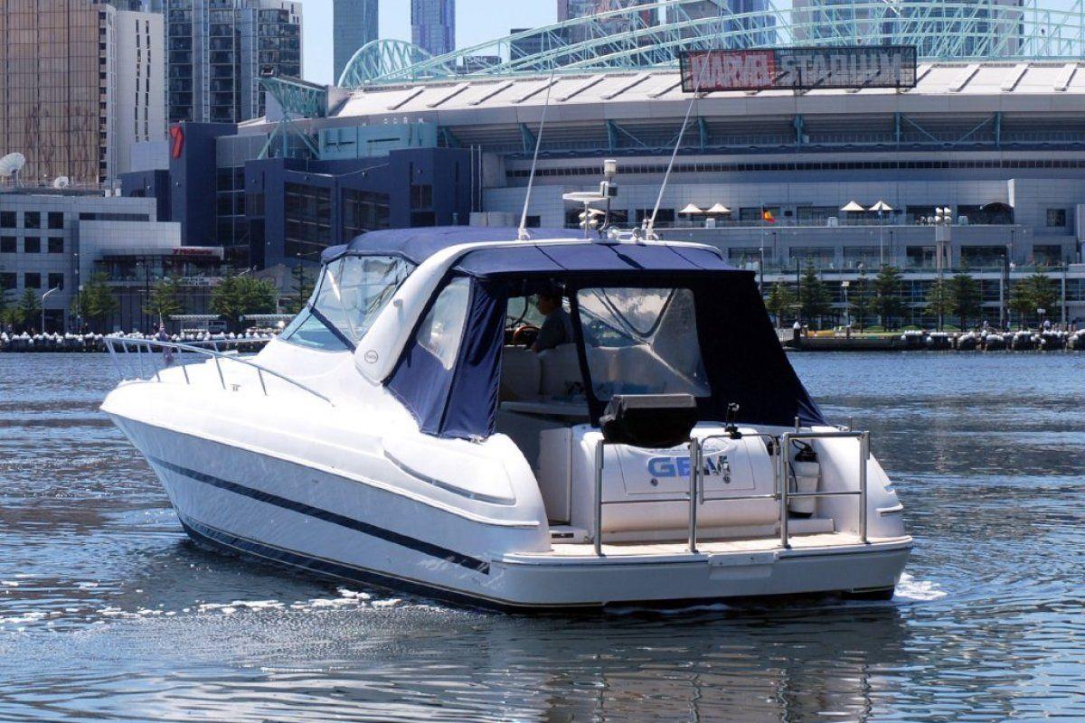 Riviera M430  Sports Cruiser 2002 05