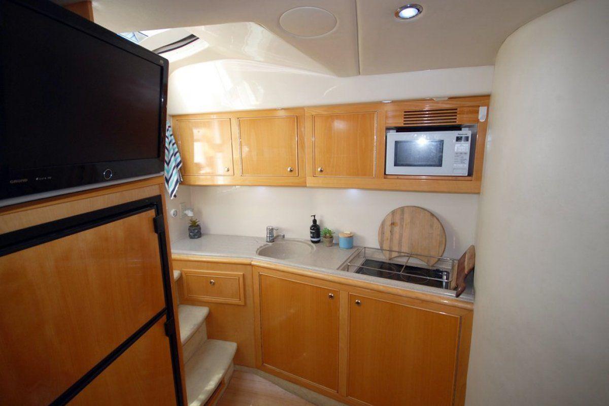 Riviera M430  Sports Cruiser 2002 09